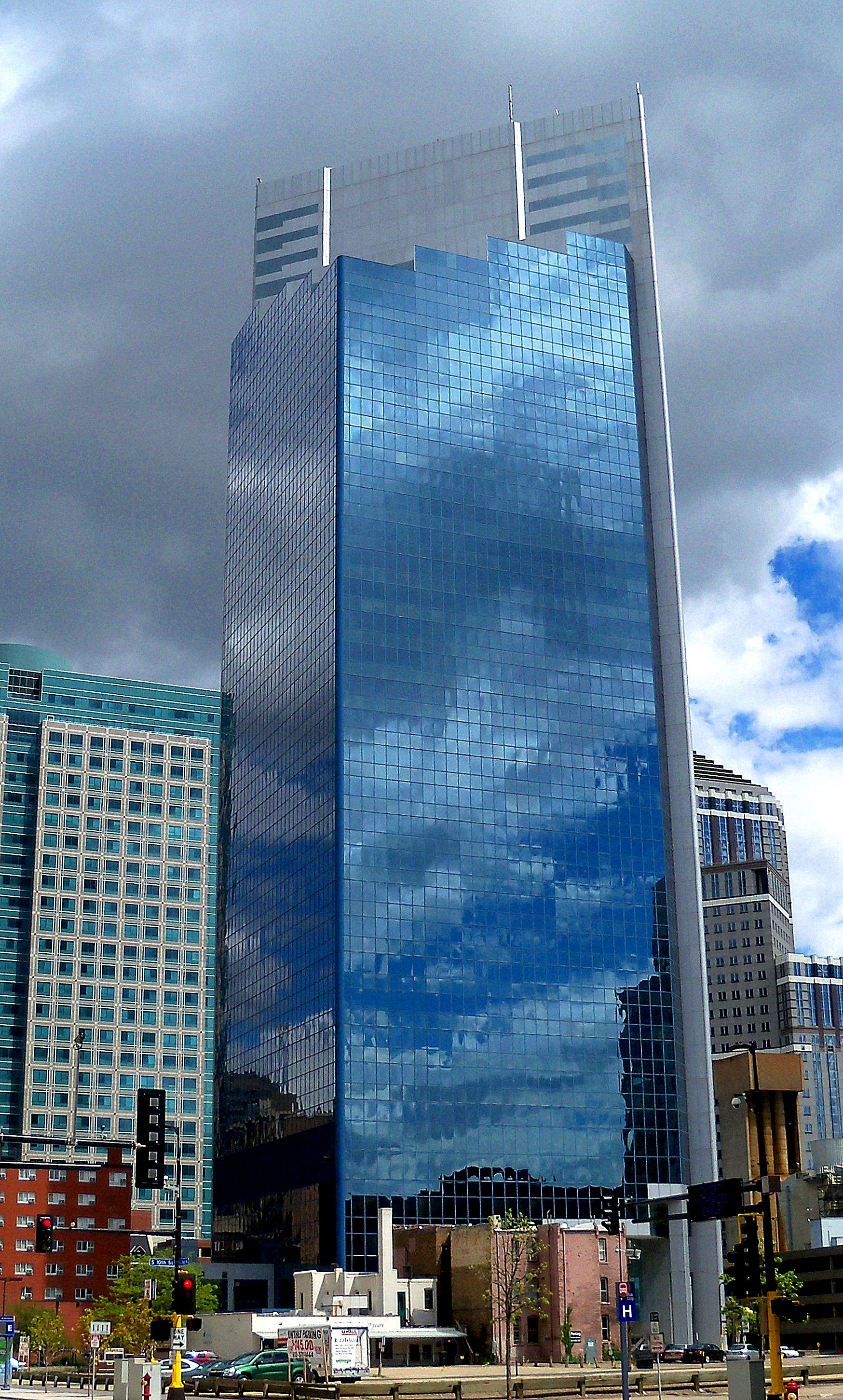 Campbell Mithun Tower (former Piper Jaffray) courtesy of Creative Commons on Wikipedia